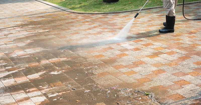 Power Washing Concrete And Brick Driveways